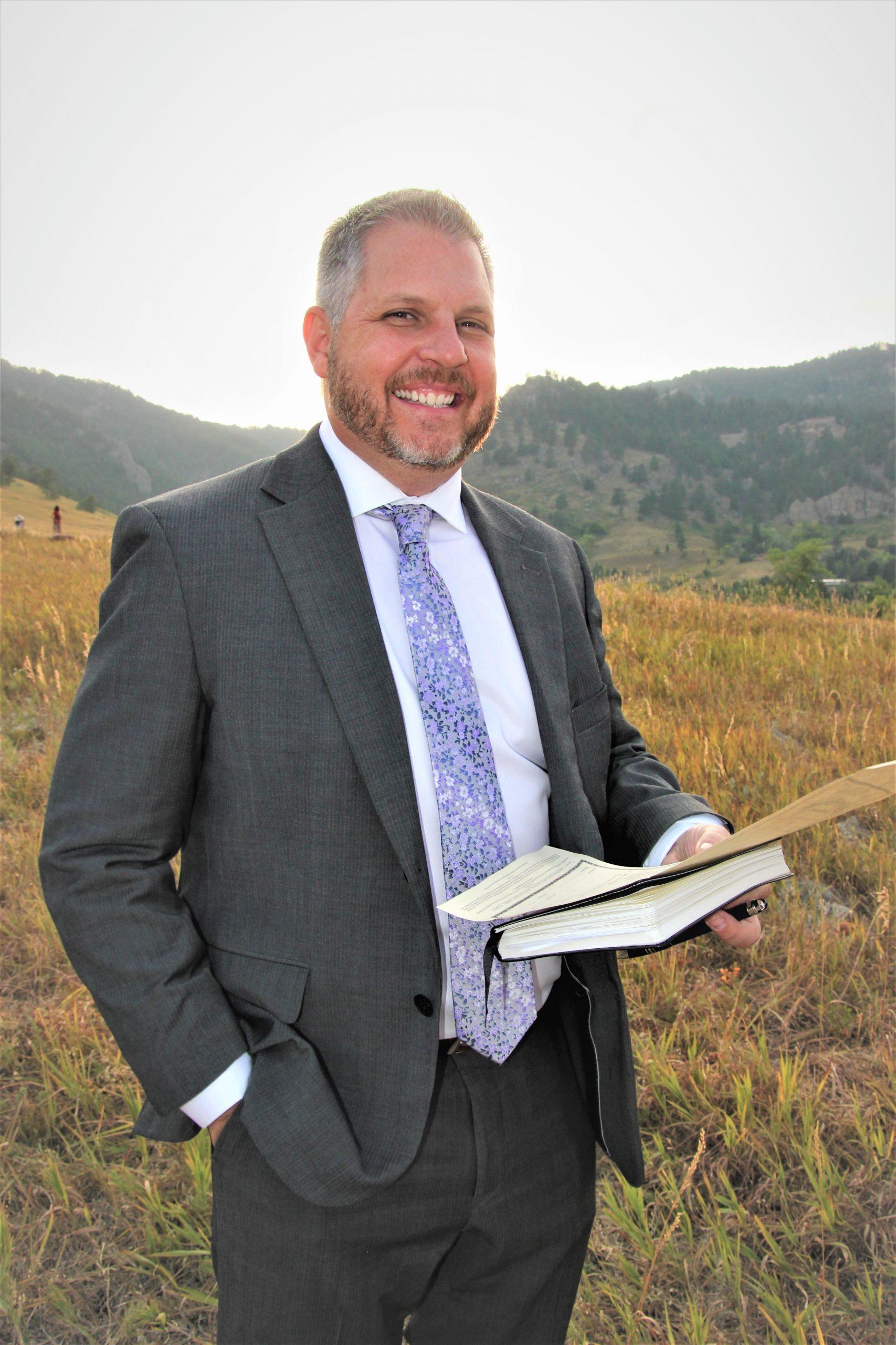 Picture of Dr. Keppen Laszlo: Elevate Wedding Officiant